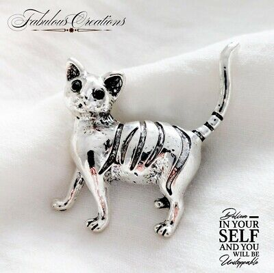 Vintage Style Antique Egypt Rebirth Cat Brooch Silver Broach Pin Green Crystals • 4.89£