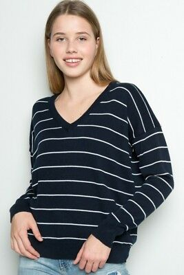 Brandy Melville Blue White Light Weight V-neck Cable Knit Lance Sweater NWT dc5c2ce73
