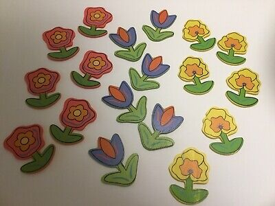 18 Wooden Flower Card Topper Decorations • 1.90£