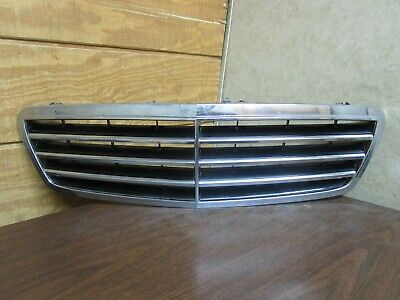 $119.95 • Buy 05 06 07 Mercedes C230 C240 C280 C320 C350 Front Chrome Grill A 2038800223