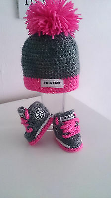 Baby Crochet Knitting Hand Shoes Trainers Sneakers Clothes Socks Hats Caps Boots • 8.90£