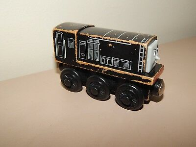 THOMAS THE TANK ENGINE WOODEN DIESEL #B (postage Discount Available) • 5£