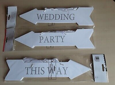 5 Wedding, Party This Way White Silver Arrow Direction Hanging Sign Decoration  • 7.25£
