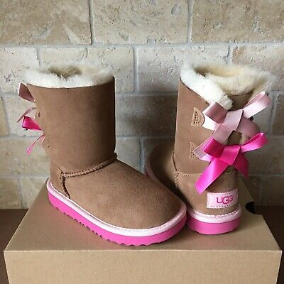 fad11ba11 Ugg Short Bailey Bow Chestnut Pink Azalea Suede Boots Size 11 Toddlers Girls  Kid • 95.00