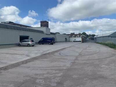Light Industrial Unit To Rent  500 Square Foot  Standish  WN6 0XQ Storage Studio • 80£