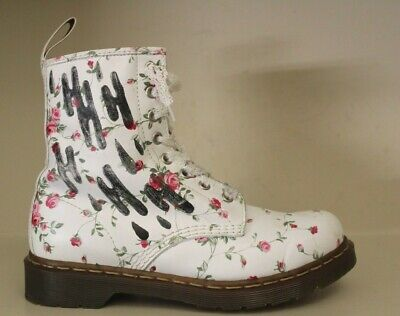 Dr Martens Womens Ankle Boots Sz 8 / 39 8 Eyelet White Leather Rose Flower Theme • 55.69$