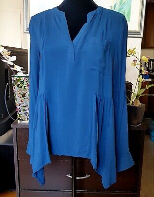$ CDN30 • Buy Anthropologie Maeve Laiken Henley Top Size 10Medium Blue Handkerchief Hem V-Neck
