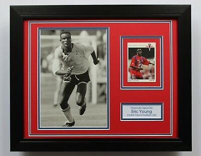 FRAMED Eric Young In Crystal Palace Shirt HAND SIGNED Photo Mount Display COA • 64.95£