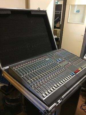 Allen And Heath GL2200 24 Channel • 550£