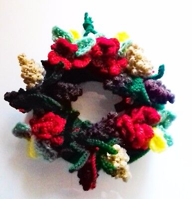 £2.30 • Buy Knitting Pattern 317: Christmas Wreath With Pine Cones, Flowers. No Form Needed!