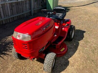 AU1700 • Buy Rover Raider 38  Ride-on Mower Excellent Condition. Just Serviced.