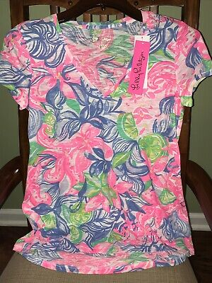 $46.50 • Buy Lilly Pulitzer HAVANA COCKTAIL ETTA TOP Easy Fit V-Neck 100% Cotton Tee M L NWT