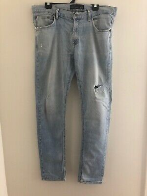 AU45 • Buy Mens Pull And Bear Size 46 Light Denim Jean With Rip On One Leg