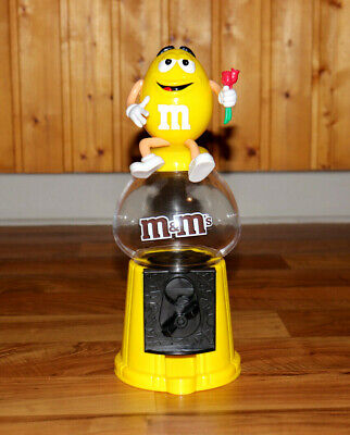 $139.99 • Buy M&M'S / M&M Spender / M&M Candy Dispenser Coin Bank Yellow Holding Roses Rare