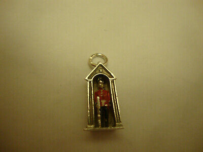 Old Vintage 925 Silver Traditional Queens Sentry Guardsman London Soldier Charm  • 7.99£