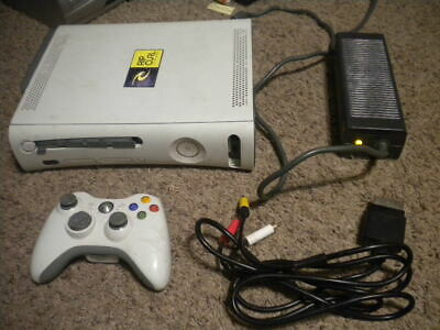 Xbox 360 Pro 60GB Video Game Console TESTED STUCK DISC TRAY READ MORE • 35$