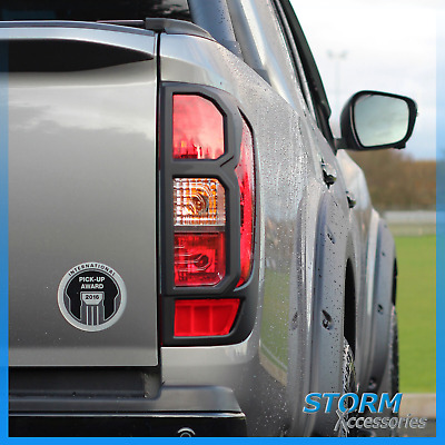 Protective Tail Light Guards In Black - Pair For Nissan Navara Np300 2016+ • 36£