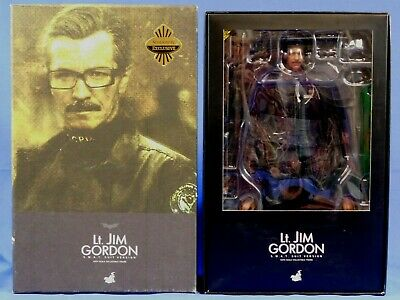 $ CDN331.40 • Buy Batman Dark Knight Hot Toys Lt Jim Gordon Swat Suit Version Mms 182 1/6 Scale