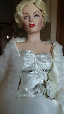 Marilyn Monroe  All About Eve  Porcelain Doll Franklin Mint Heirloom 20  • 42.47£