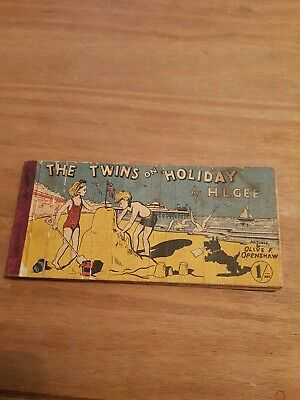 The Twins On Holiday (H. L. Gee - ) (ID:94225) • 2£