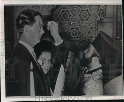 $ CDN21.17 • Buy 1961 Press Photo Britain's Marquess Of Blandford And Tina Livanos Married.