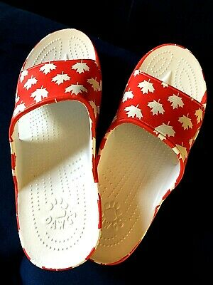 $29 • Buy Brand New DAWGS - Men's Slides - Canada - Red /White Maple Leaves Size 10 (44)