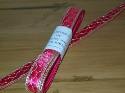 5 Metres Cerise Wire Edged Ribbon With Gold Mesh Design 2.2cm/7/8   Wide. • 4.05£