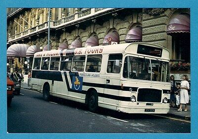 Bus Photo ~ Gastonia Of Cranleigh JEH195K : Potteries Bristol RE - London 1984  • 2.60£