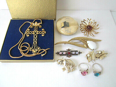 $ CDN66.53 • Buy Vintage Sarah Coventry Jewelry Brooches Rings Earrings Tie Clip Mixed Lot Of 9