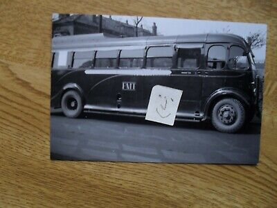 BUS PHOTO  POTTERIES MOTOR TRACTION  FEH 825  STOKE On TRENT • 0.99£