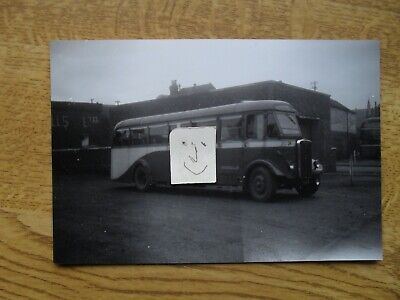 BUS PHOTO BROWNS No 24  TUNSTALL To POTTERIES MOTOR TRACTION  • 0.99£