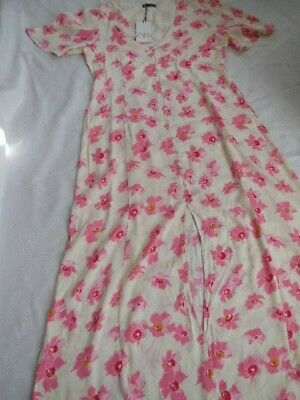 $22 • Buy Zara Pink And White Floral Maxi Dress Size Large/Extra Large