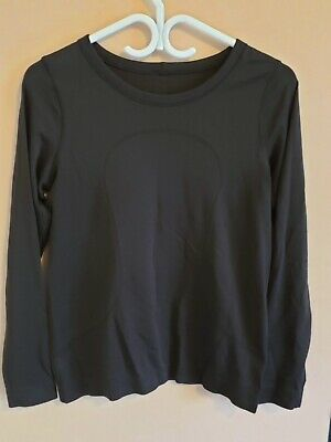 $ CDN50 • Buy Lululemon Swiftly Relaxed Long Sleeve Black 6