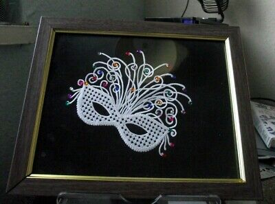 £4.50 • Buy Lace Ball Mask Framed - Pre-owned