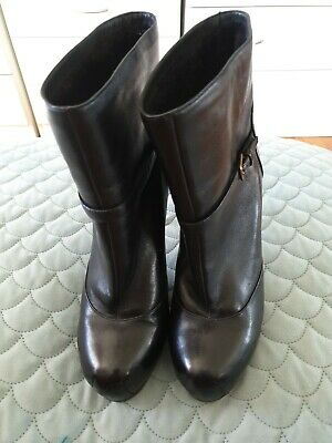 AU450 • Buy YSL Yves Saint Laurent Black Leather Ankle Boots High Heels Italy Size 40 C19