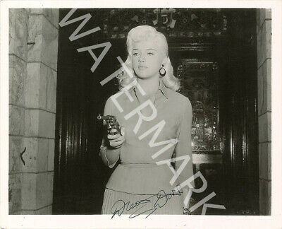 Diana Dors Signed 10x8 Photo, Classic B&w Film Still, Looks Awesome Framed • 5.42£