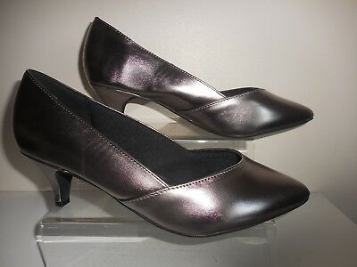 Pewter Kitten Heel Court Shoes Size UK 9 Wide EEE Fit BNWT From Evans • 17.99£