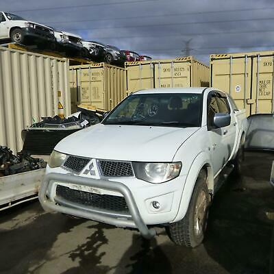 AU165 • Buy Mitsubishi Triton Right Guard Ml-mn, Flared, Non Snorkel Type, 07/06-04/15 06 07