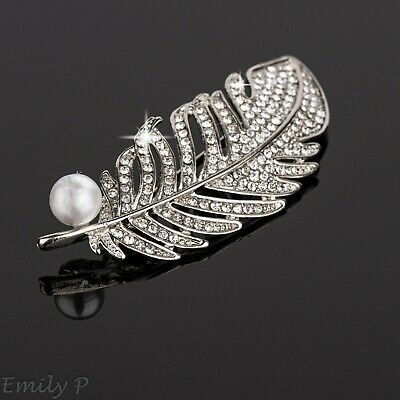 Sparkly Silver Tone Crystal Feather Brooch With Faux Pearl Diamante Badge Pin   • 4.29£