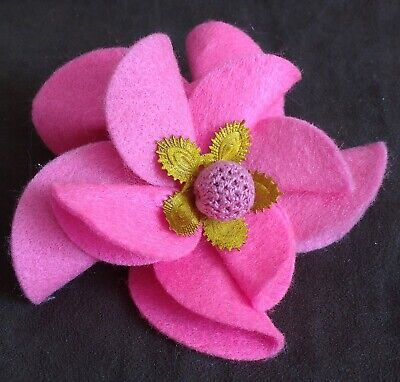 £7.99 • Buy Large Bright Pink Felt Floral Statement Brooch Corsage - Hand Made - New