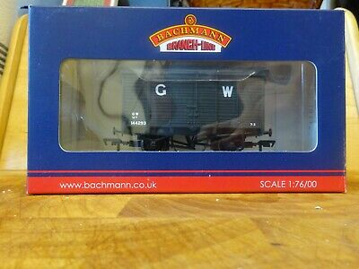 Bachmann 00 Gauge Wagons 38-083 12 Ton Southern 2+2 Planked Vent Van GWR Grey  • 15£