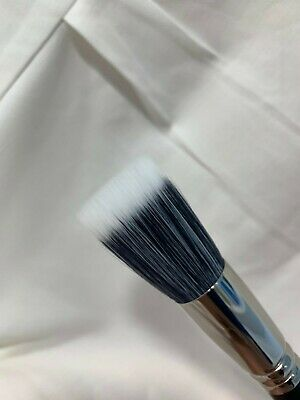$30 • Buy Authentic MAC* 187 SYNTHETIC DUO FIBRE FACE BRUSH *   NEW IN BOX