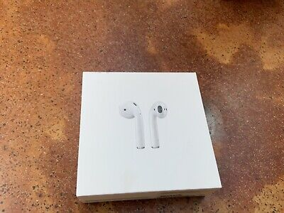 $ CDN77.14 • Buy Apple MMEF2AM/A AirPods With Charging Case - White