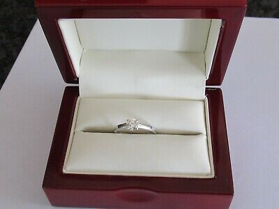 Exceptional 18ct White Gold Half Carat 0.50 Diamond Solitaire Engagement Ring • 495£