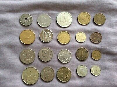 20 Foreign Coins • 2£