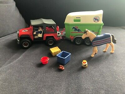 Playmobil Jeep & Horse Trailer • 5£