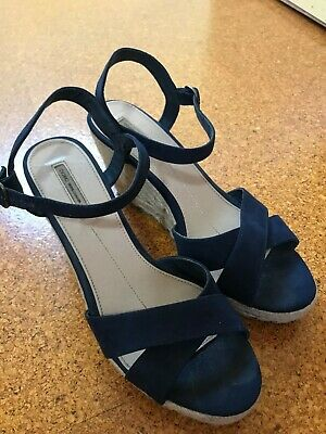 AU20 • Buy Oysho Wedges 40 Navy Espadrilles