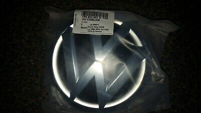 VW Touareg Badge VW6853601D • 35£