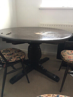 Ercol Extending Dining Table And Chairs • 100£