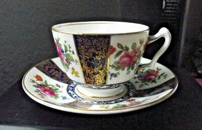 Vintage Crown Staffordshire Cup & Saucer - Pre Owned • 5£